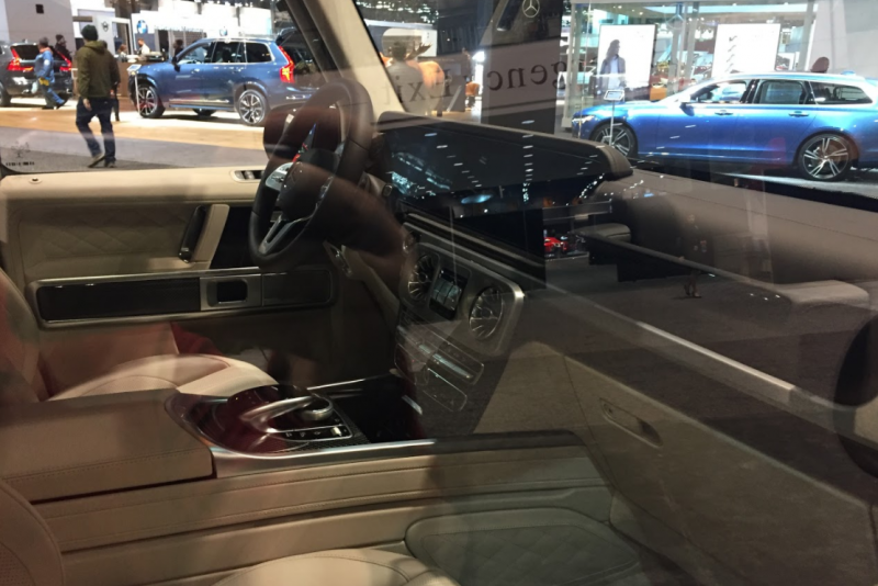 interior front of the 2019 Mercedes-Benz G-Class at the 2018 Chicago Auto Show