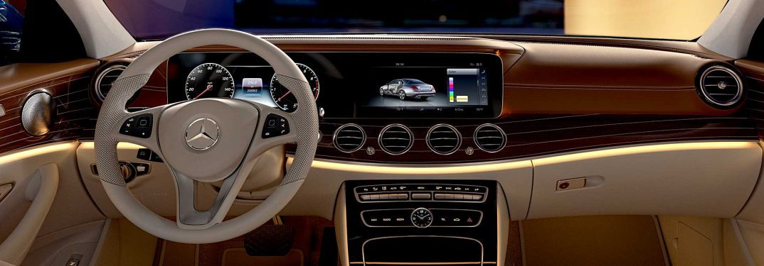 2018 mercedes-benz e-class infotainment screen size