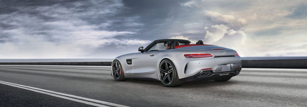 What are the exterior color options for the 2018 Mercedes-AMG GT C Roadster?