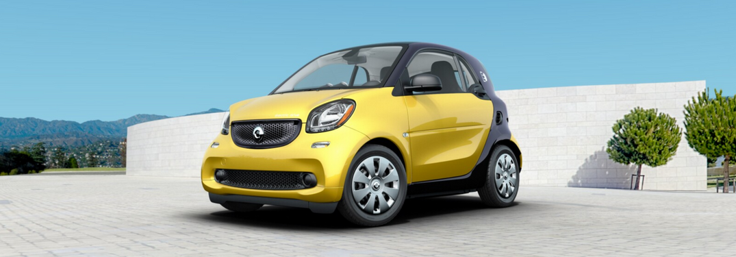 Take a virtual tour of the 2018 smart fortwo cabrio!