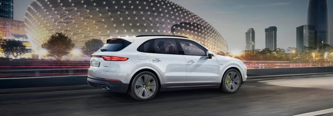 full view of the Porsche Cayenne E Hybrid