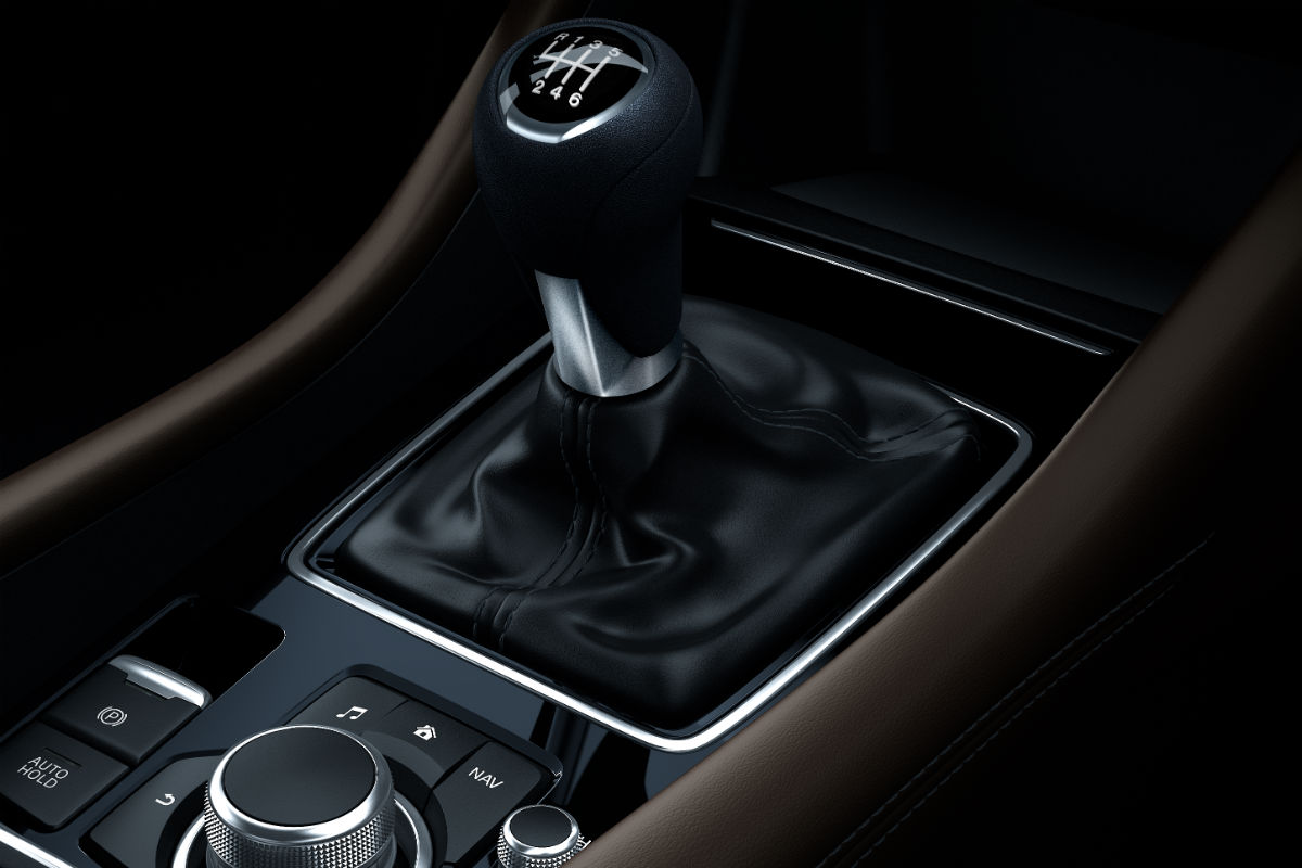 Manual shift knob of the 2018 Mazda6