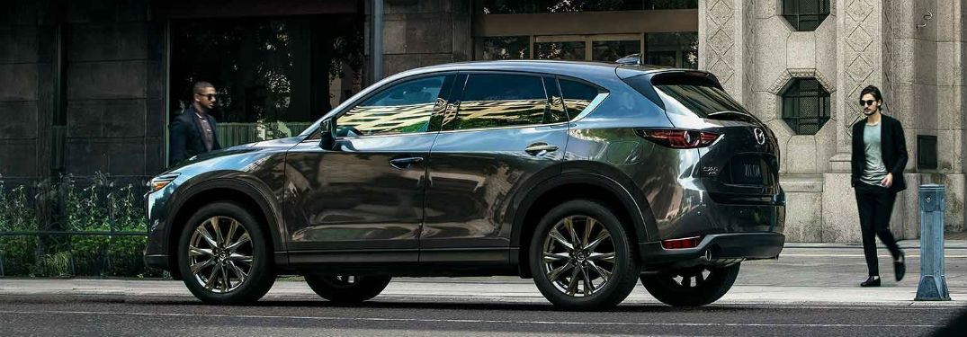 What are the Cargo & Passenger Capacities of the 2019 Mazda CX-5?