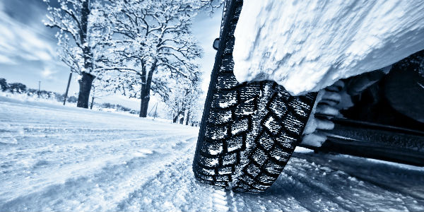 Vehicle Driving in the Snowy Weather