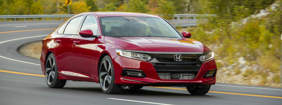 Does the 2018 Honda Accord have a sunroof?