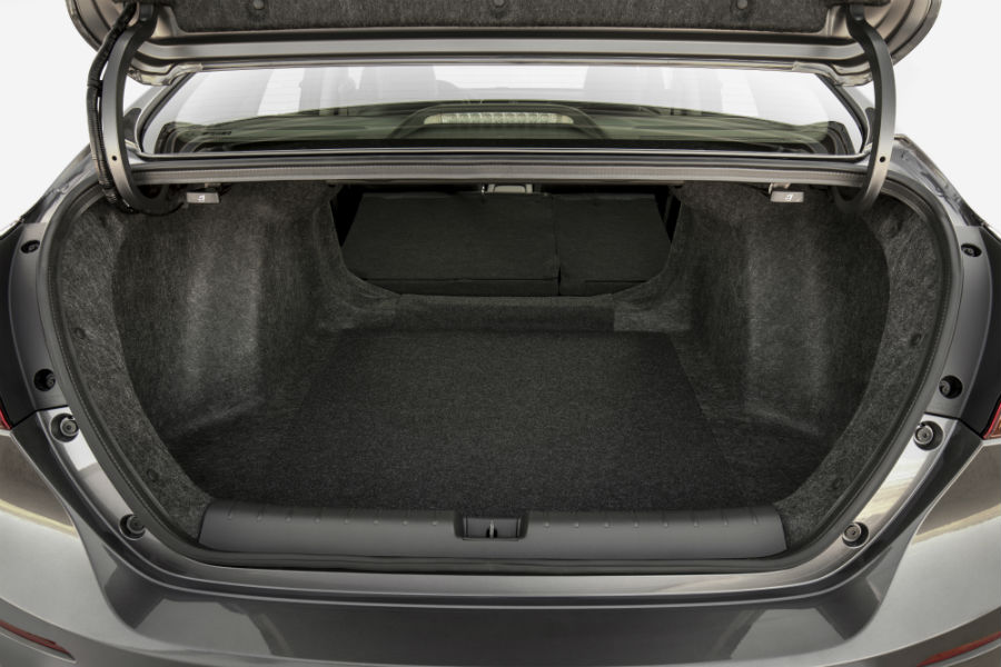 2019 Honda Insight exterior looking into open trunk space
