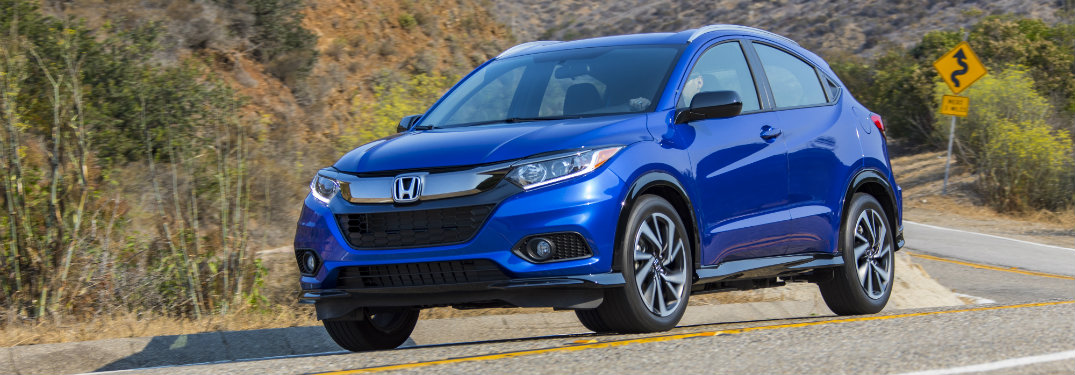 front view of blue honda hr-v