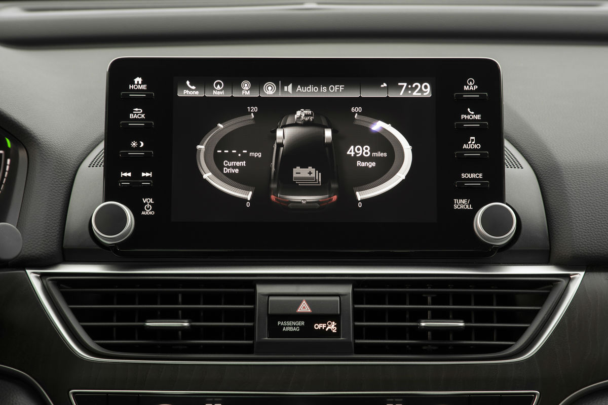 Touchscreen display of the 2019 Honda Accord Hybrid