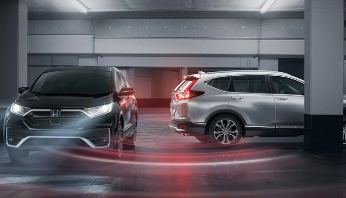 Two 2020 Honda CR-V models in a parking lot