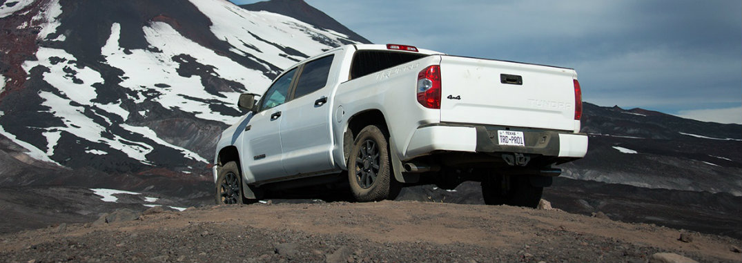 How much can the 2016 Toyota Tundra TRD Pro Tow?