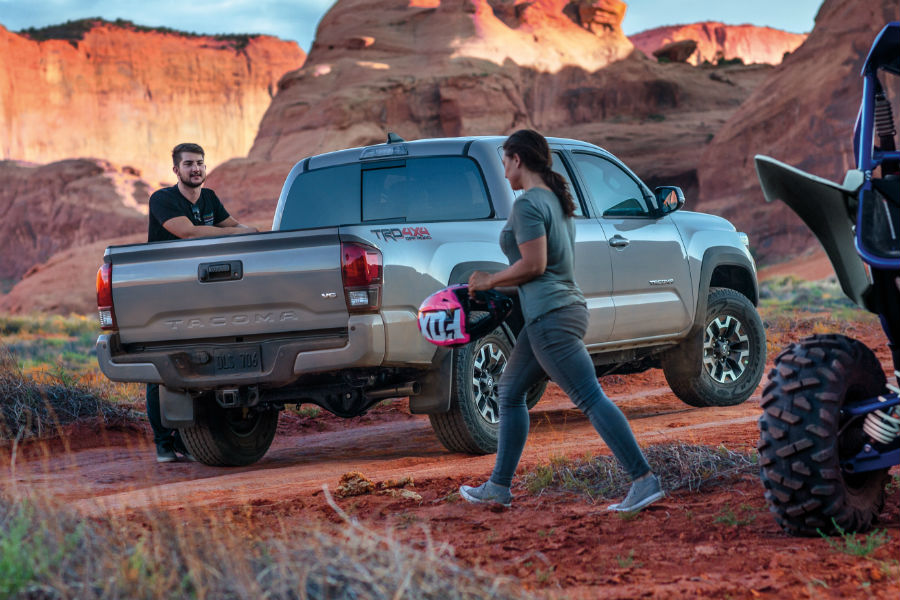 2018 Toyota Tacoma Pickup Truck Specs Features