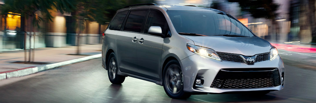 Captivating ... 2018 Toyota Sienna Exterior Passenger Side Front In Street
