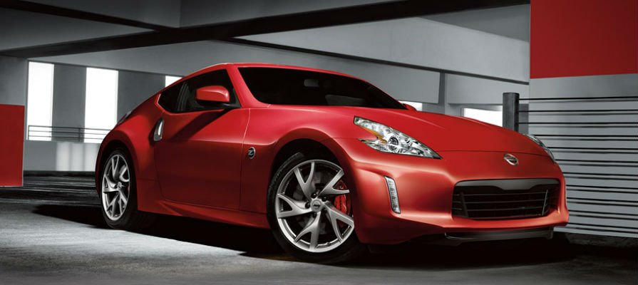 The 2014 Nissan 370Z is Better Than the Scion 2015 FR-S