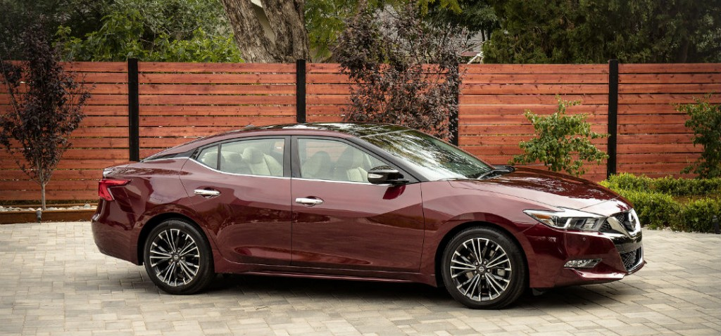 2016 Nissan Maxima release date and price
