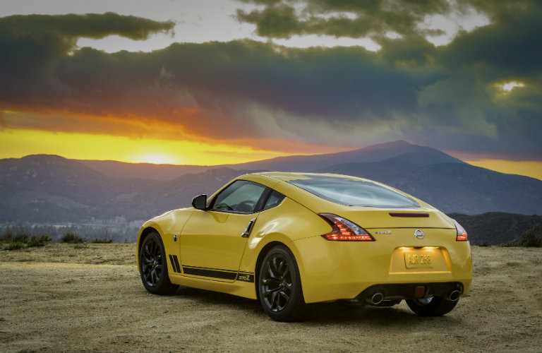2018 Nissan 370Z Heritage Edition standard features
