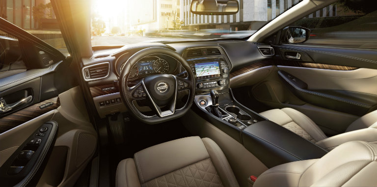 2018 Nissan Maxima driver and front passenger legroom
