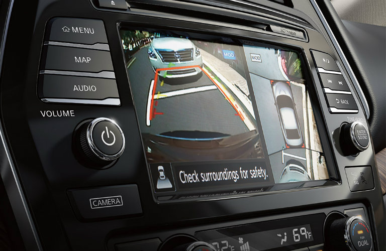 2018-Nissan-Maxima-Around-View-Monitor-system-display
