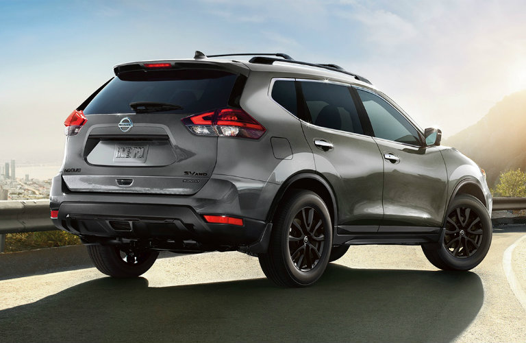 2018-Nissan-Rogue-in-Midnight-Edition