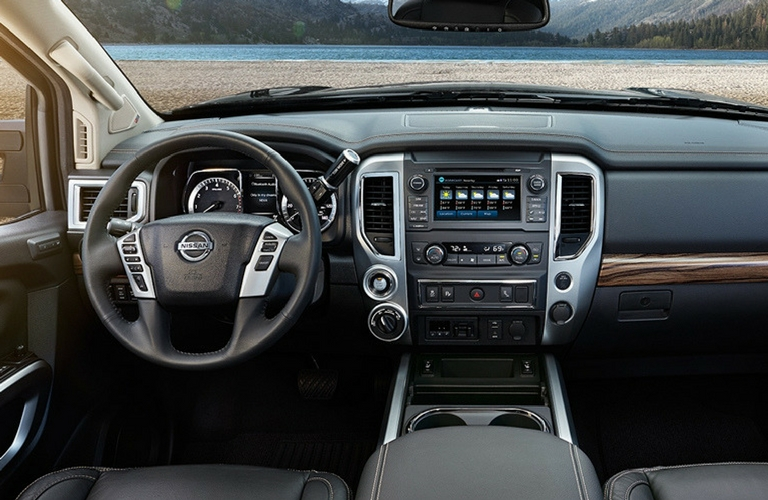 2018 Nissan Titan Technology Features