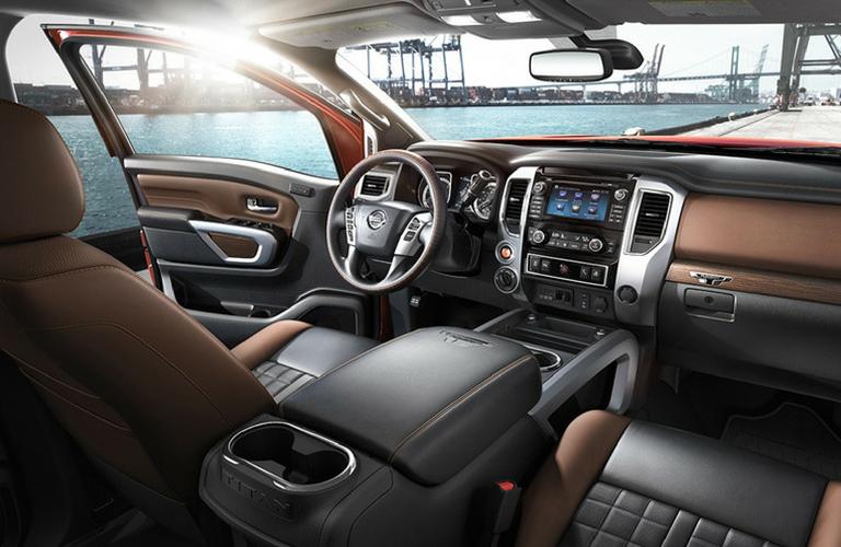 2018 Nissan Titan interior front view