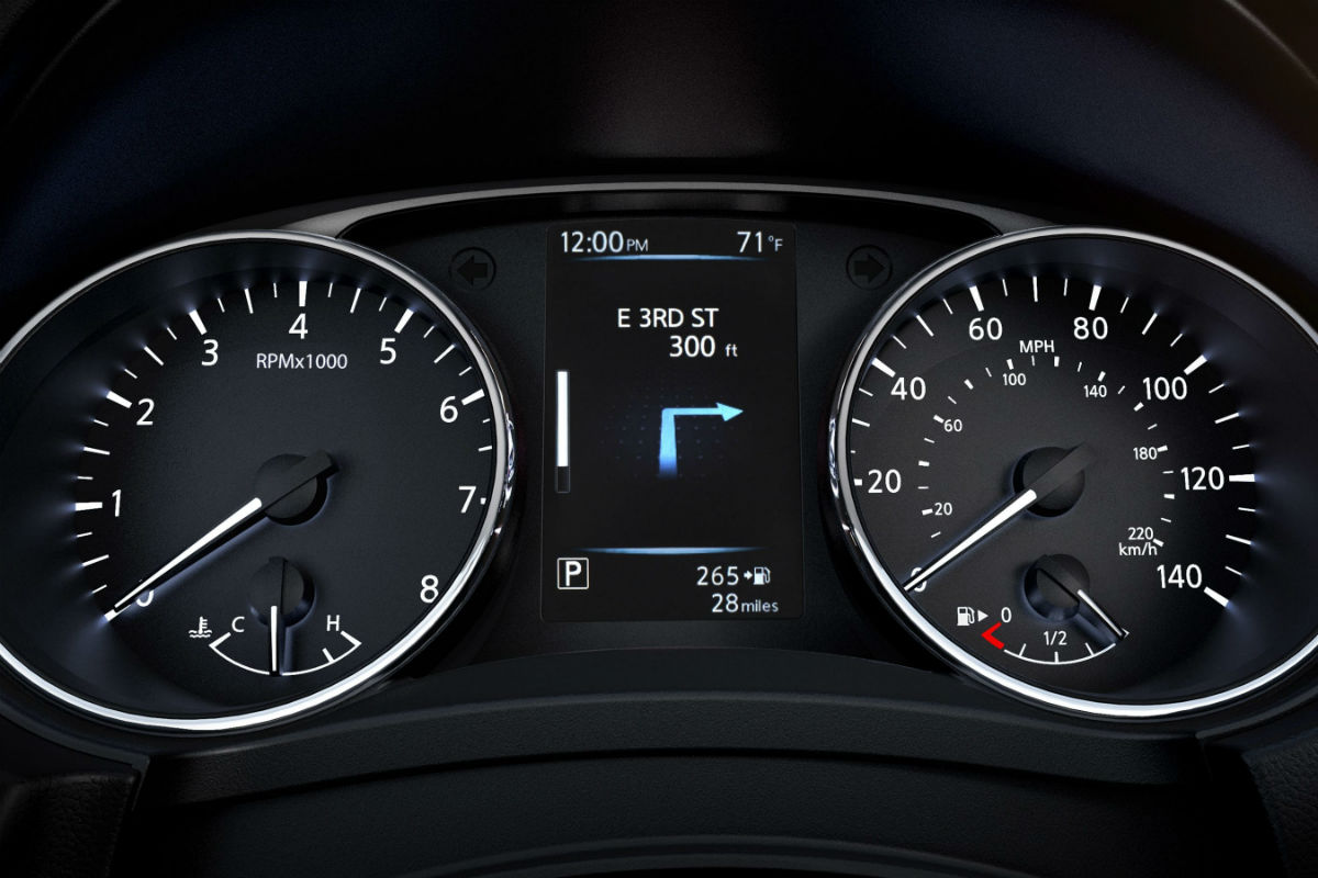Driver information cluster of the 2019 Nissan Rogue Sport