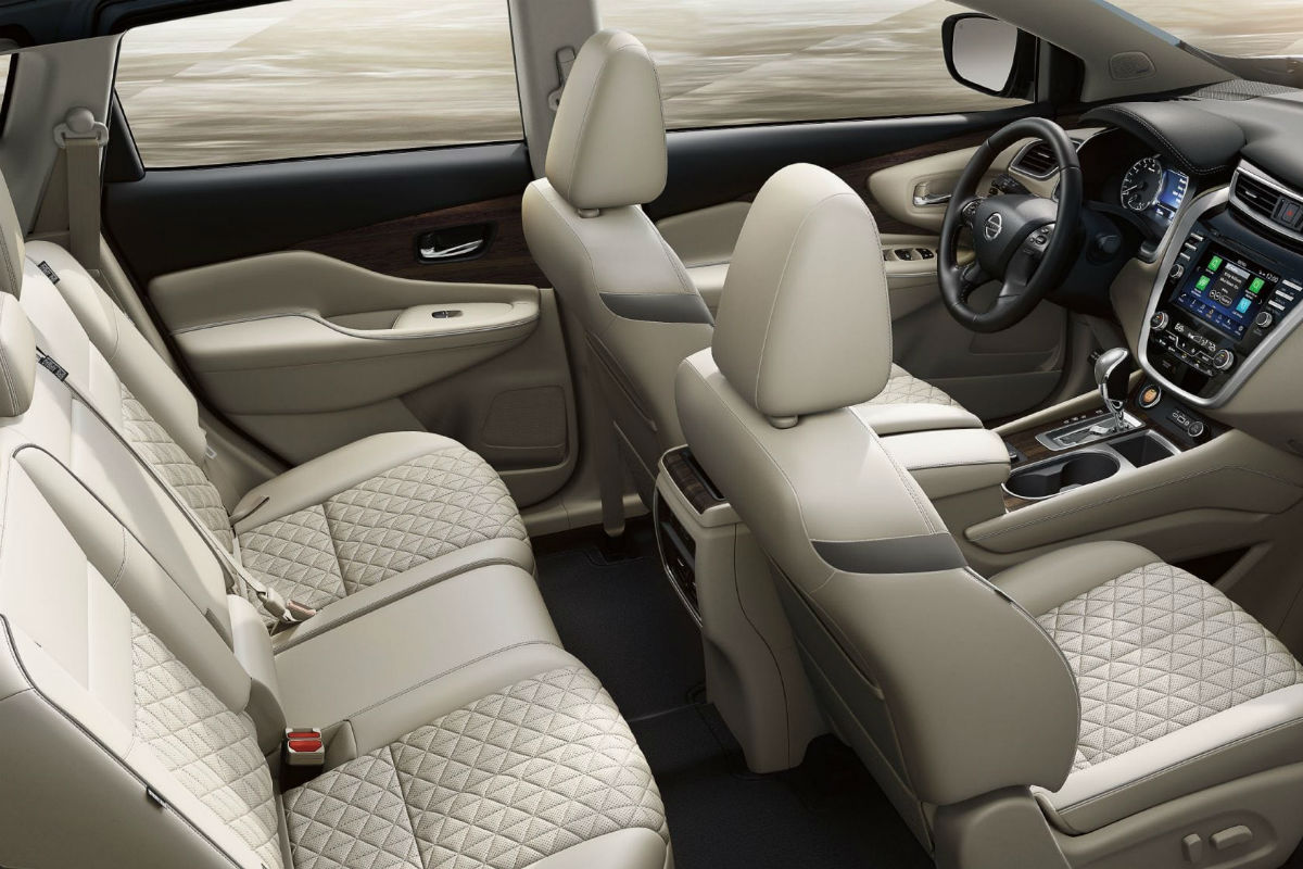 Overhead view of the two rows of seating in the 2019 Nissan Murano