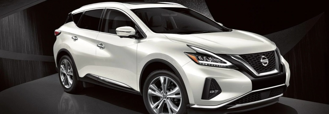 What safety features come standard in the 2019 Nissan Murano S?