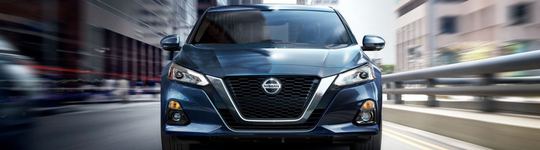 2020 Nissan Altima front-end close up