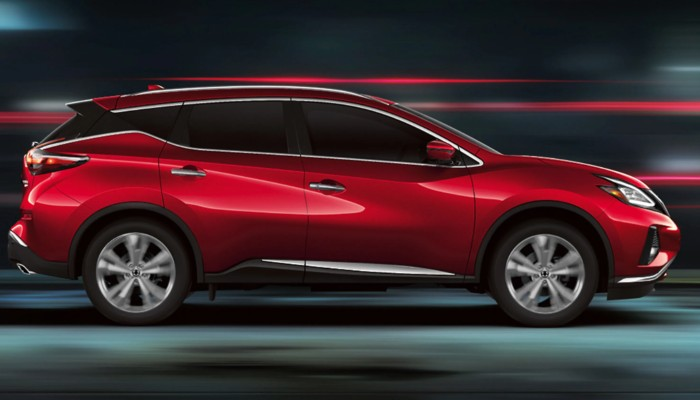 2020 Nissan Murano driving fast down a tunnel