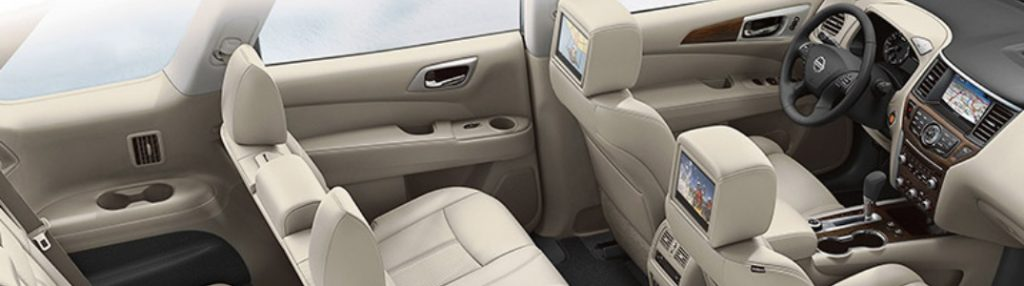 2020 Nissan Pathfinder interior