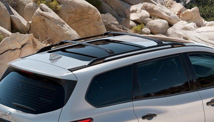 2020 Nissan Pathfinder roof