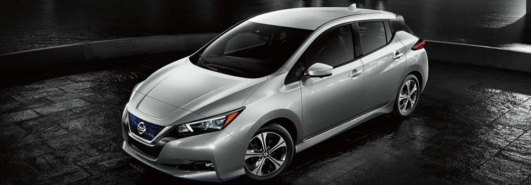 What are the Exterior Paint Color Options of the 2020 Nissan LEAF?