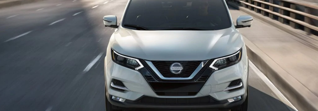 2020 Nissan Rogue Sport from the front