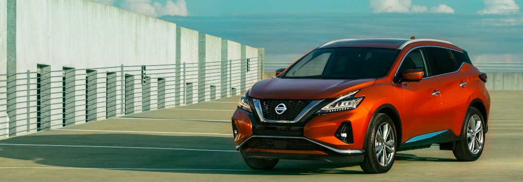 2020 Nissan Murano parked near a large building