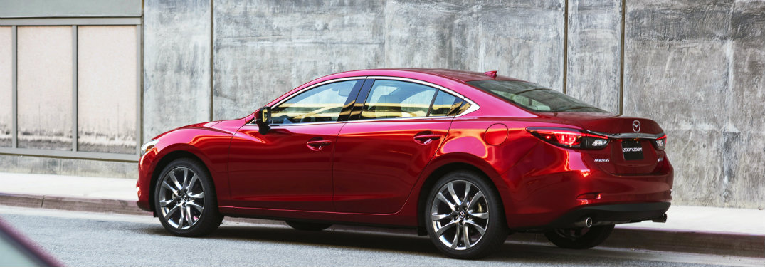 What safety features does the 2017 Mazda6 come with