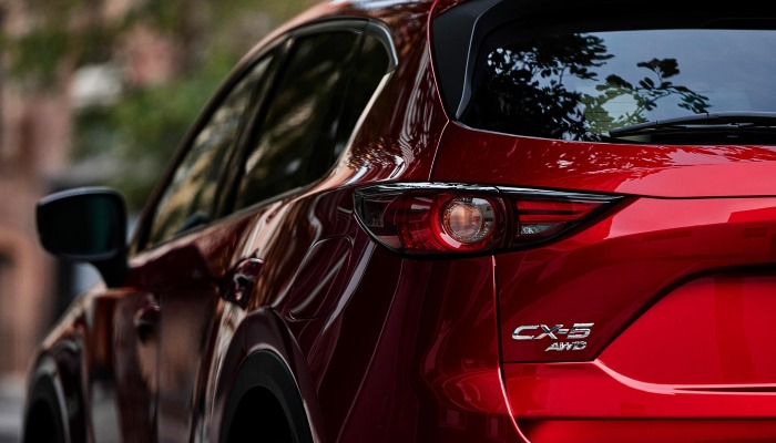 Close-up on the 2019 Mazda CX-5 from behind
