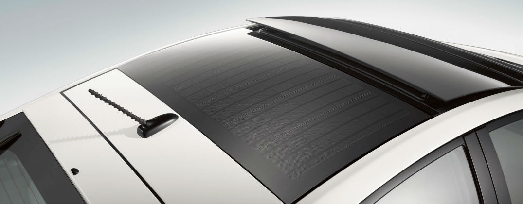 How Does The Toyota Prius Solar Roof Feature Work