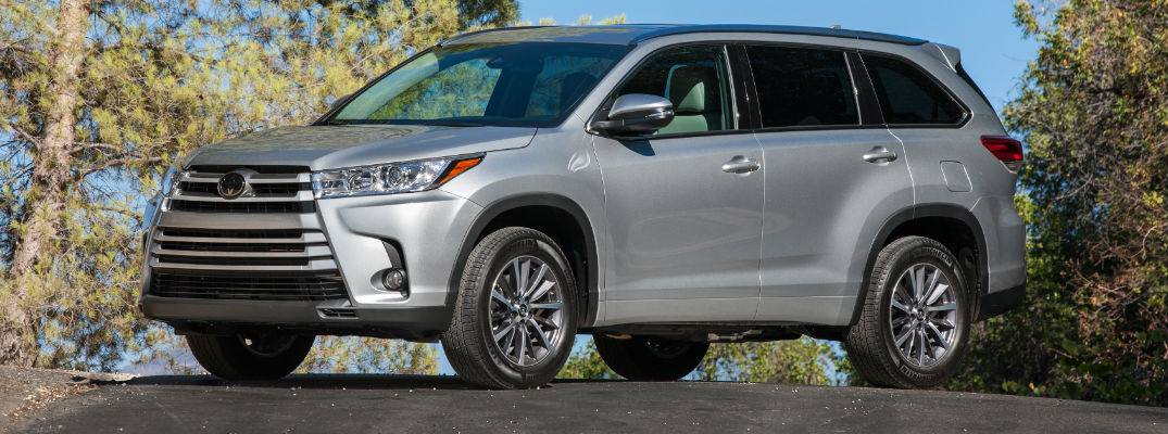 official 2017 toyota highlander power and fuel economy specs. Black Bedroom Furniture Sets. Home Design Ideas