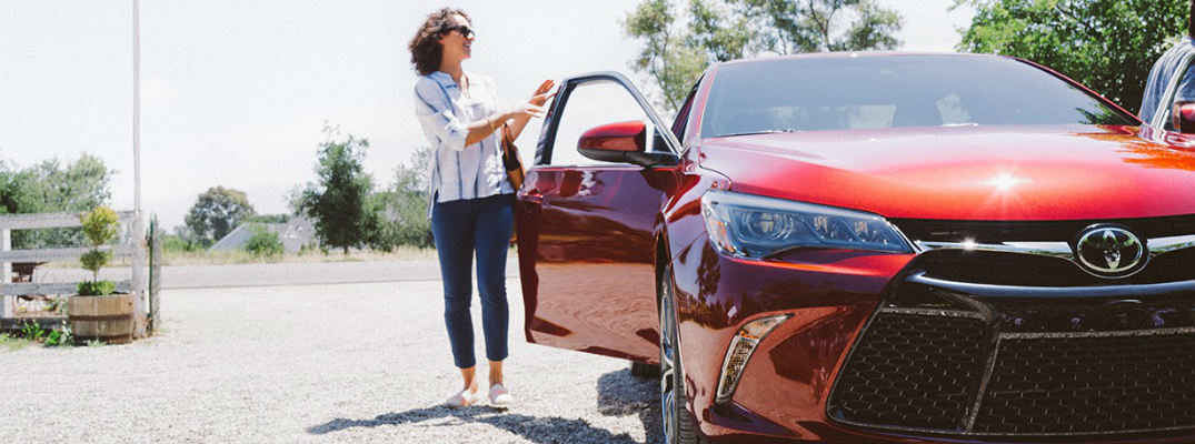 2015 Toyota Camry financing specials and rebates March 2015