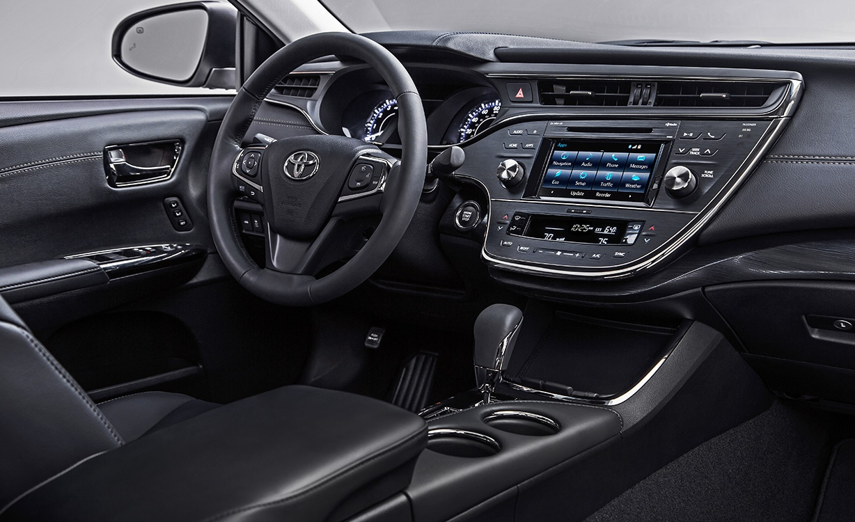 2016 Avalon Interior