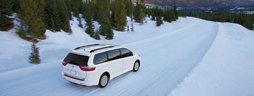 2017 toyota sienna winter driving awd