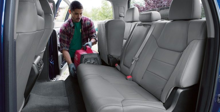 How spacious is the 2017 Toyota Tundra cabin?