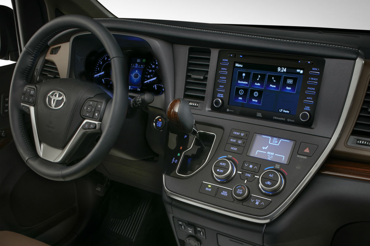 Driver cockpit of 2018 Toyota Sienna