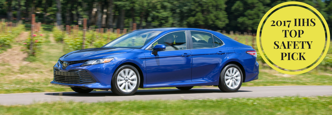 "2018 Toyota Camry with badge ""2017 IIHS TOP SAFETY PICK"""