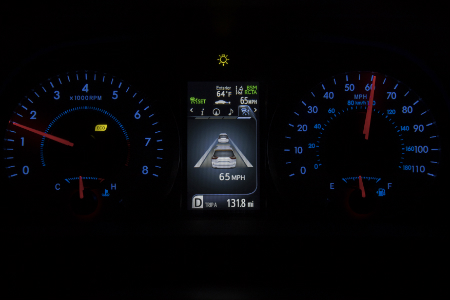 instrument gauge and digital display of 2019 toyota sienna
