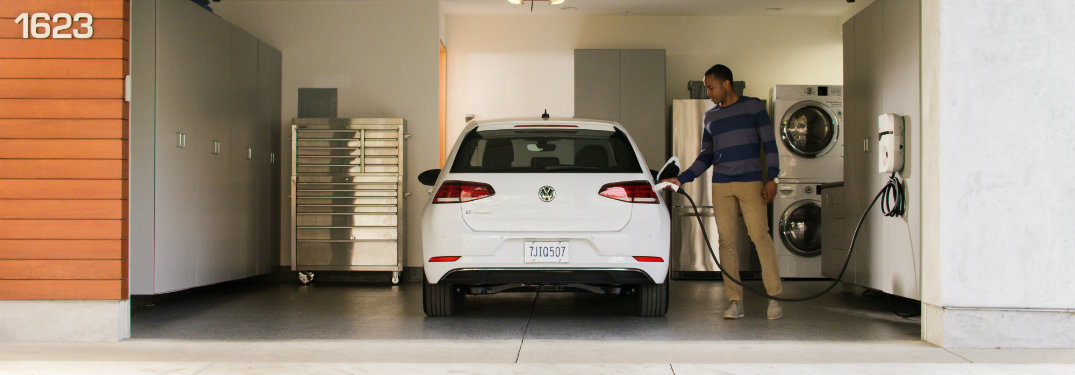 2017 Volkswagen e-Golf rear in white