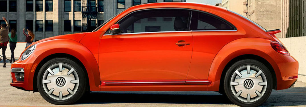 2018 Volkswagen Beetle left side in orange