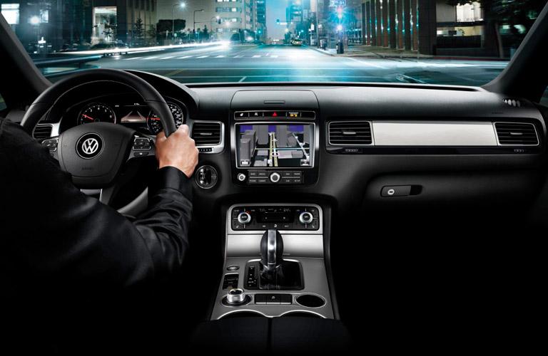 2017 Volkswagen Touareg dashboard