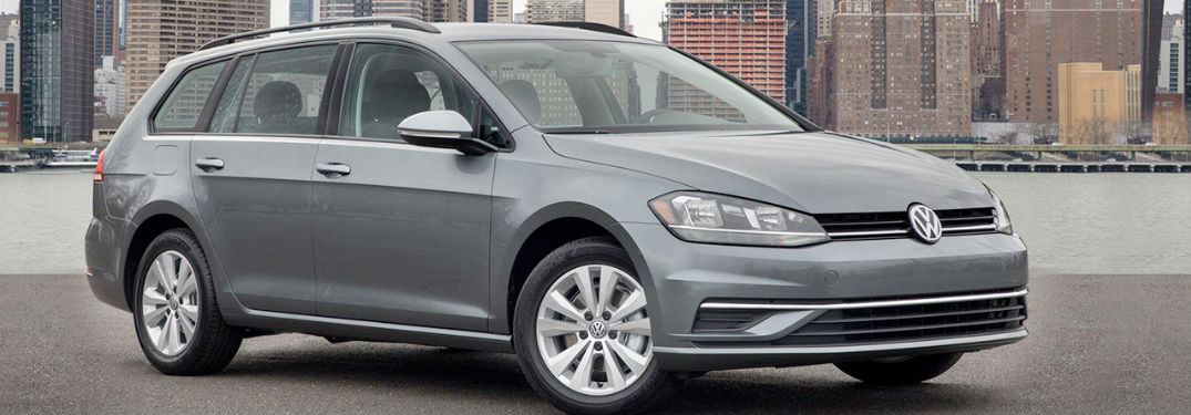 2018 Volkswagen Golf SportWagen in gray