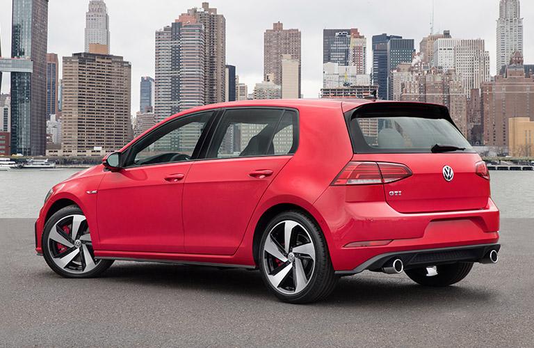 2018 Volkswagen Golf GTI in red